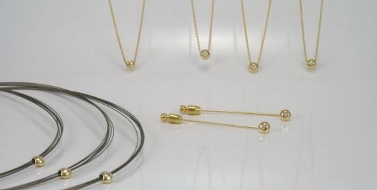 hangers-en-dasspelden-uit-een-gouden-ring