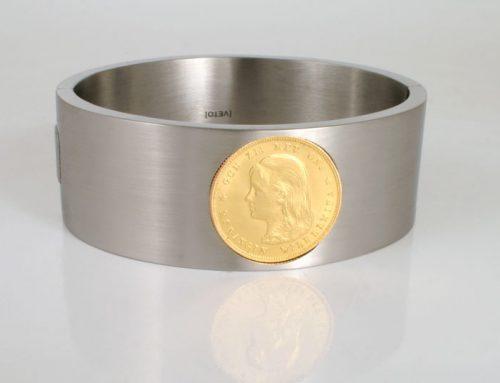 Stalen armband met ingelegd gouden tientje