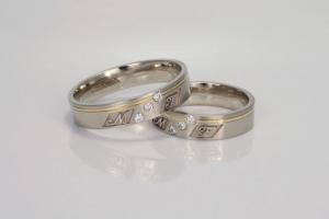 Gepersonaliseerde trouwringen met diamant